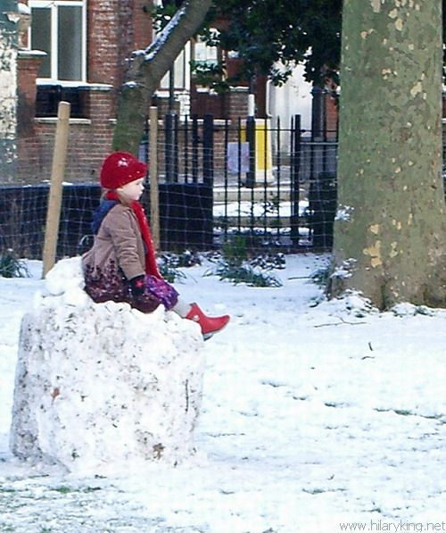 Child sitting in snow 07-01-2010 .jpg